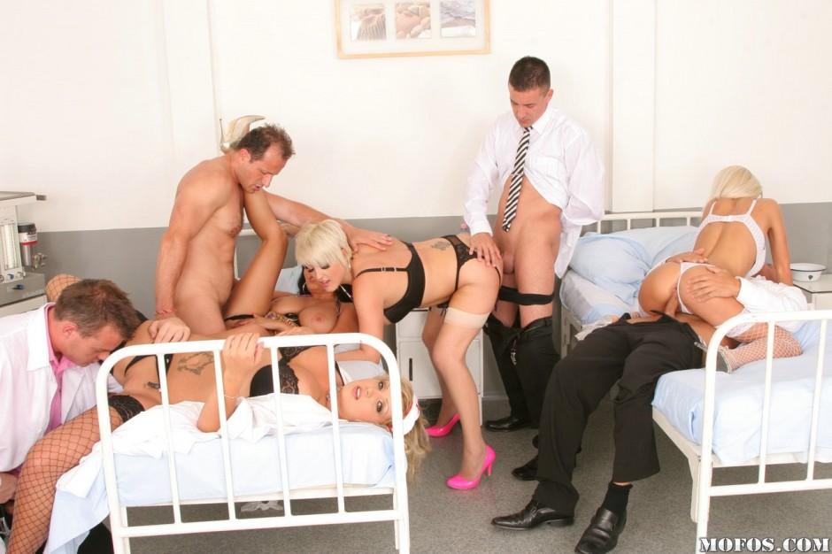 Порно в больнице фото онлайн