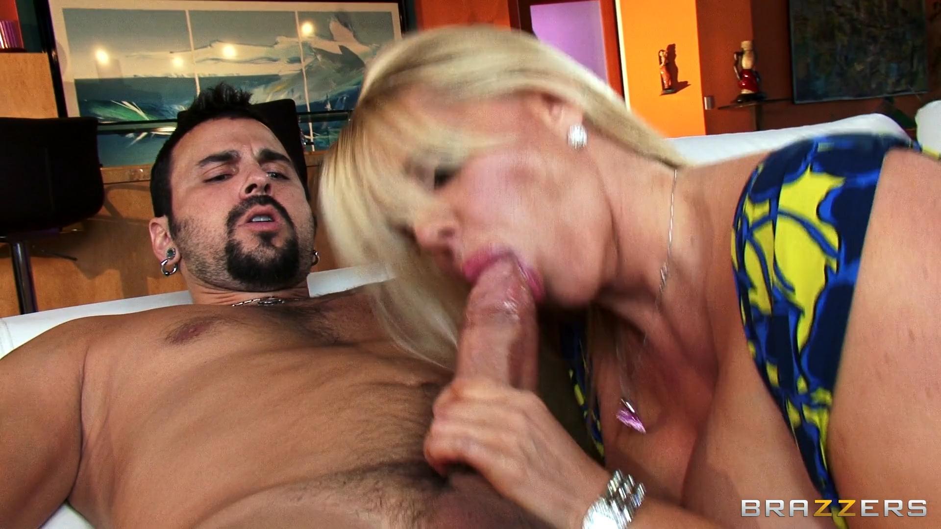 Big dick for mom