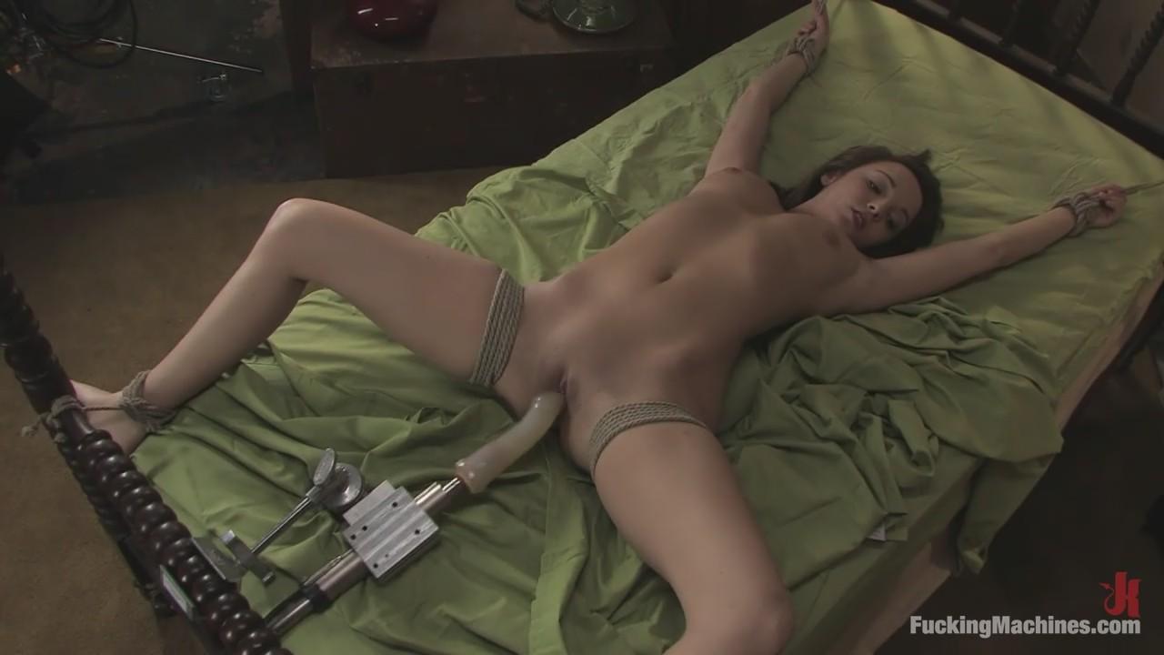onlayn-filmi-za-nudistok