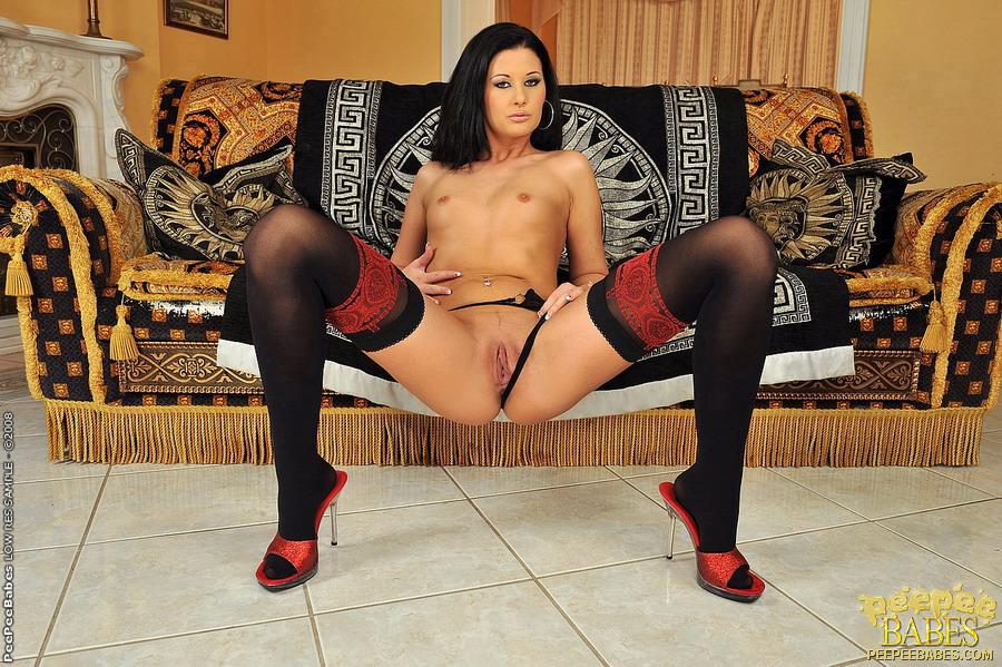 Hot Milf Lulu Martinez Anal Threesome