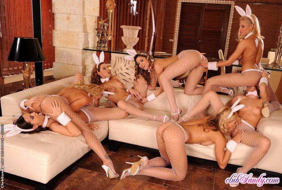 erotika-i-porno-lesbiyanok-i-gruppovoy-seks